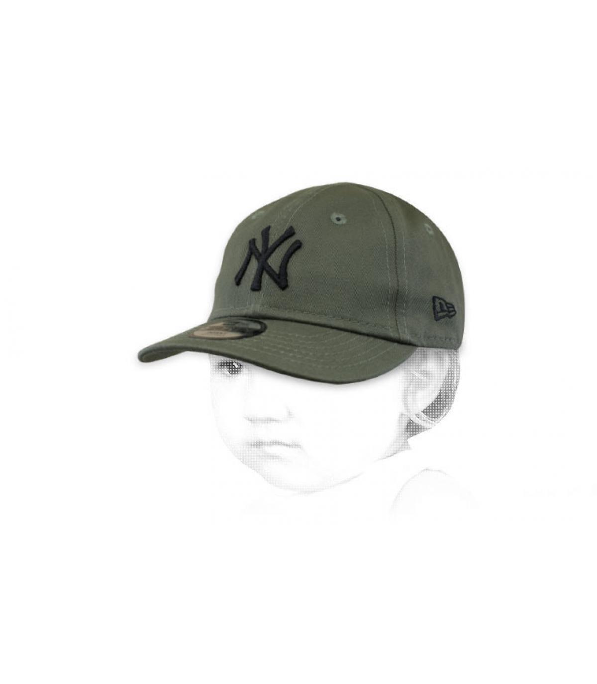 gorra bebe NY verde