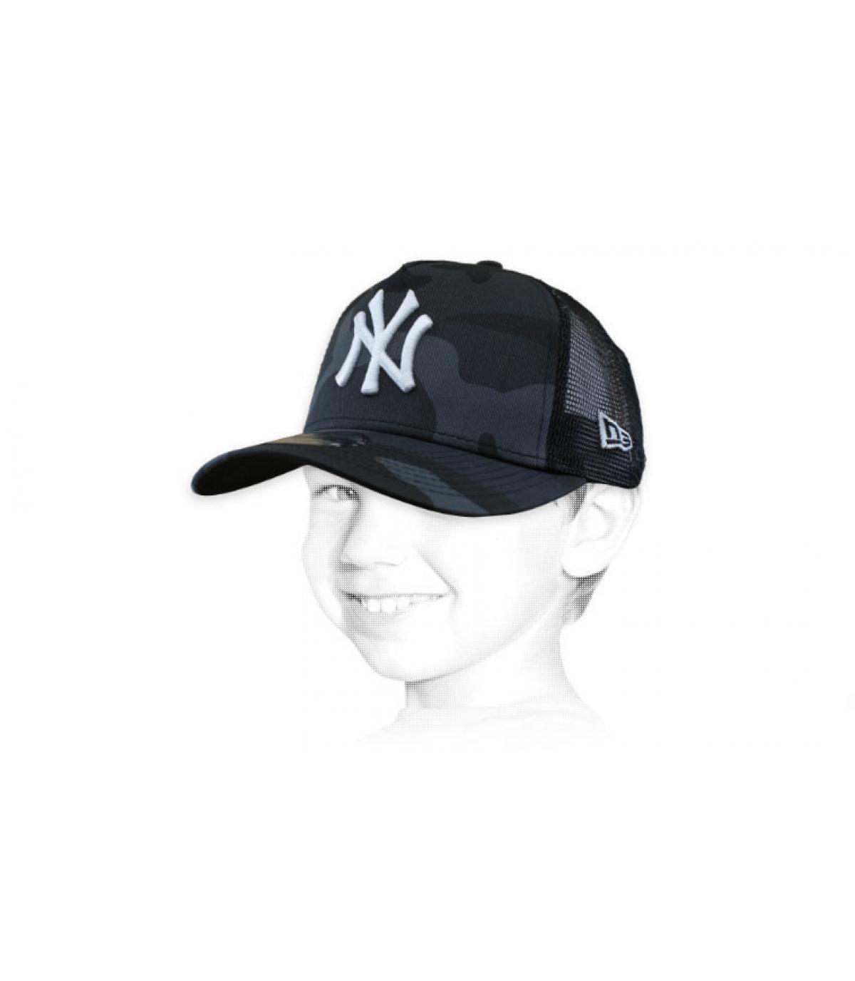 trucker niño NY gris camo