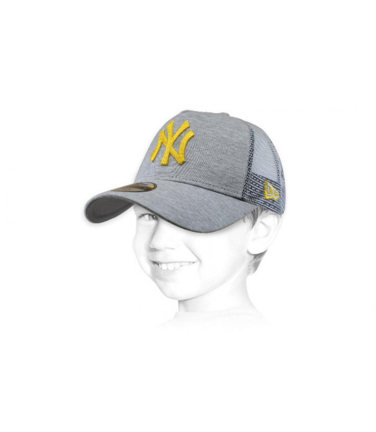 trucker niño NY gris amarillo