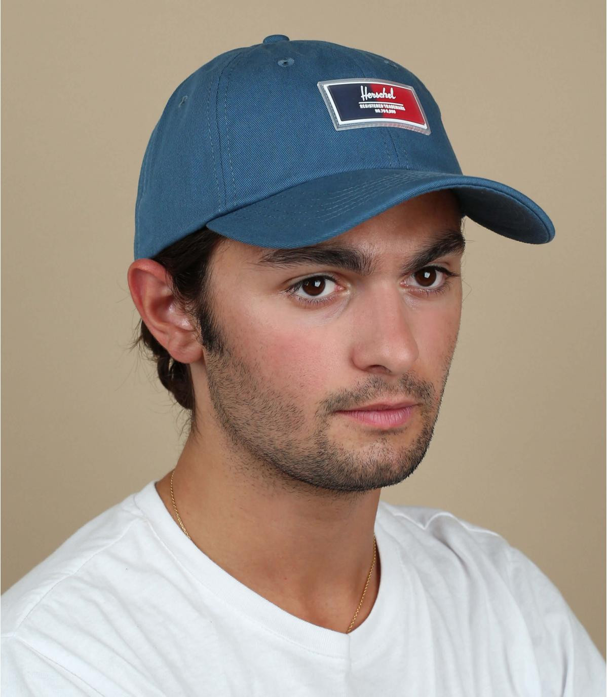 gorra azul Herschel