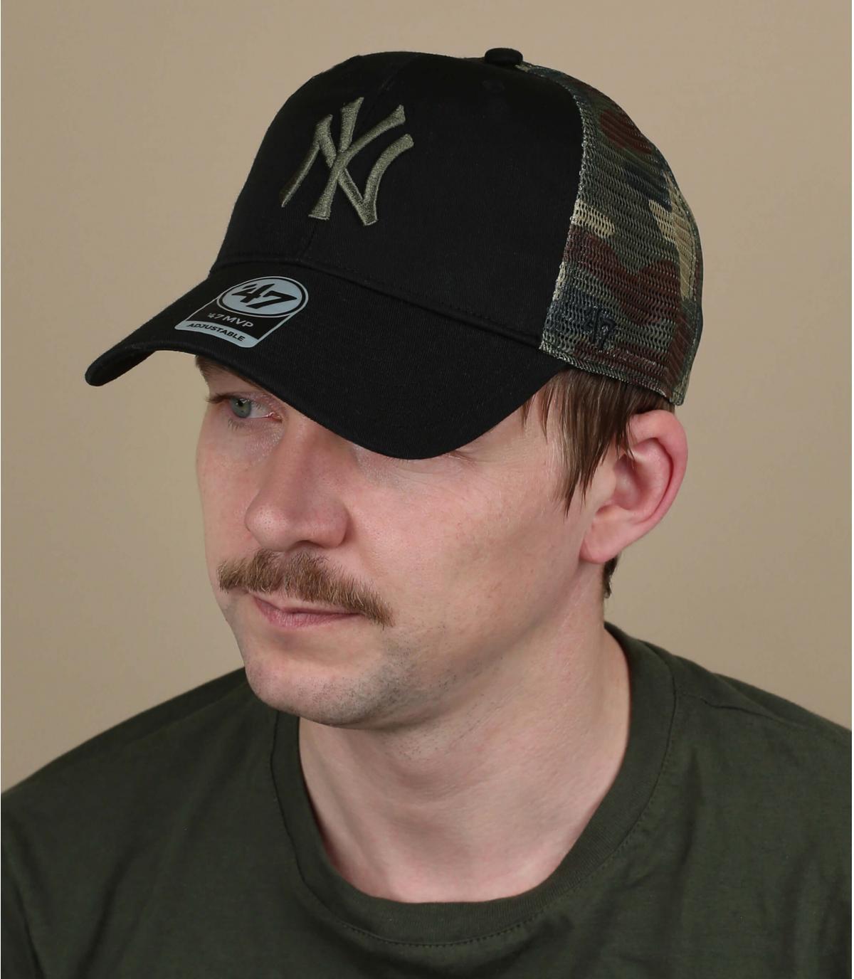 gorra NY negro camo