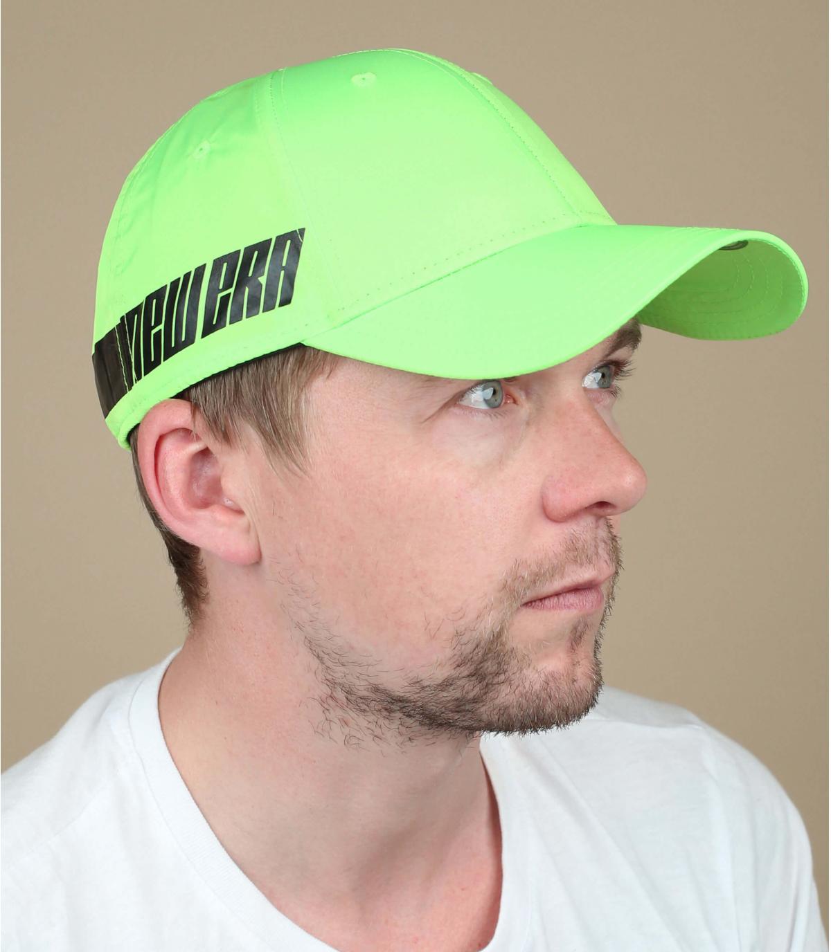 gorra verde fosforita New Era
