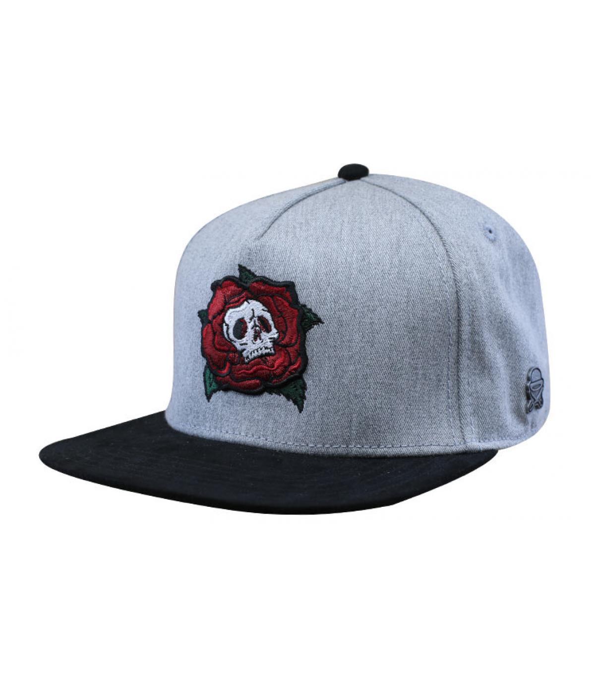 gorra calavera gris