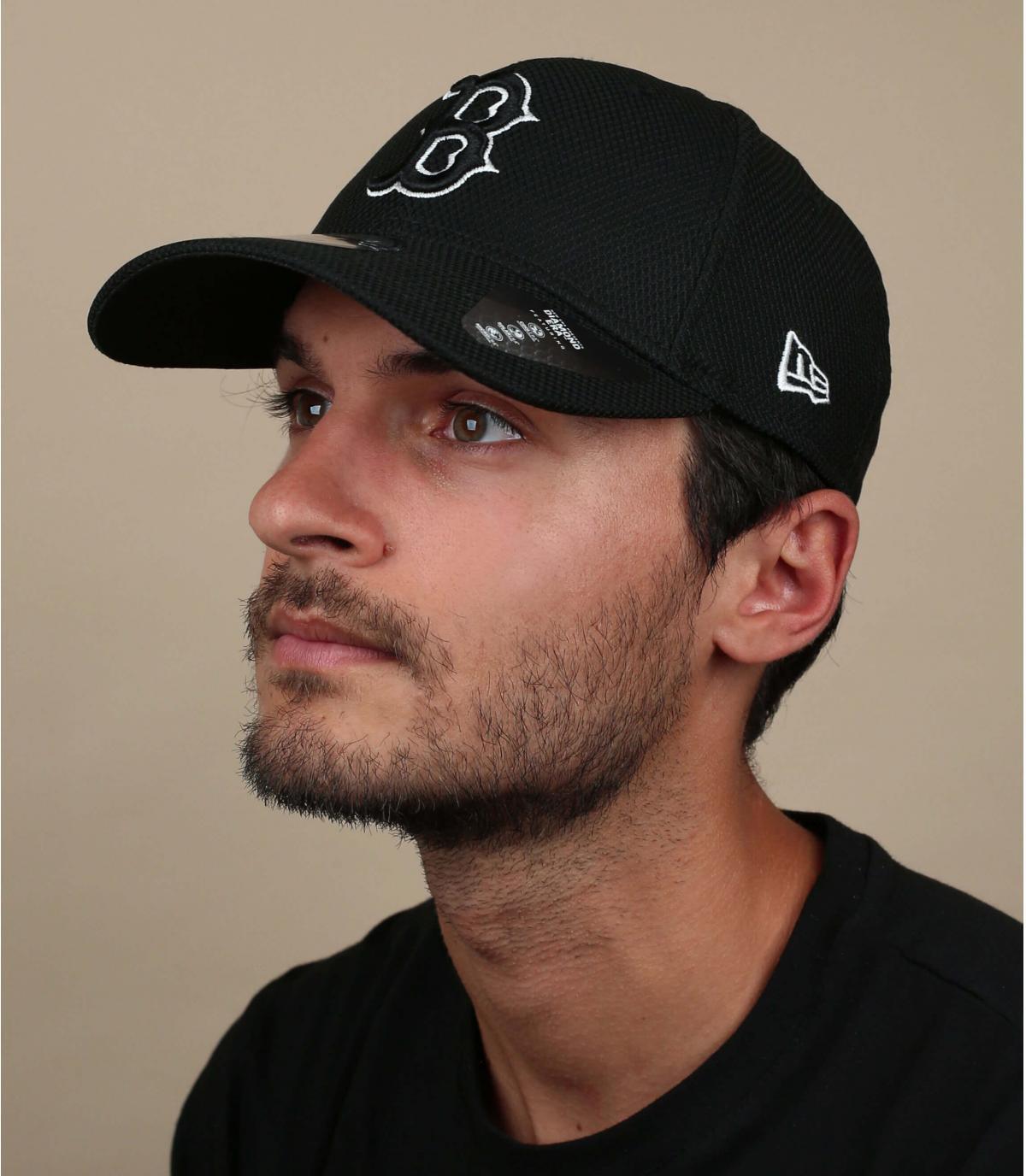gorra B negro