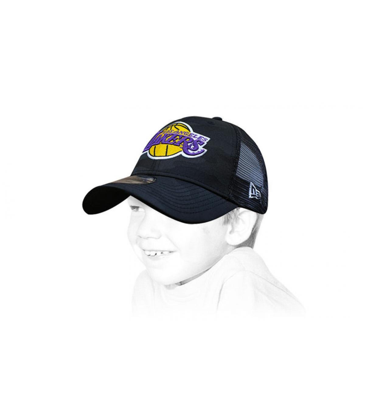 trucker niño Lakers