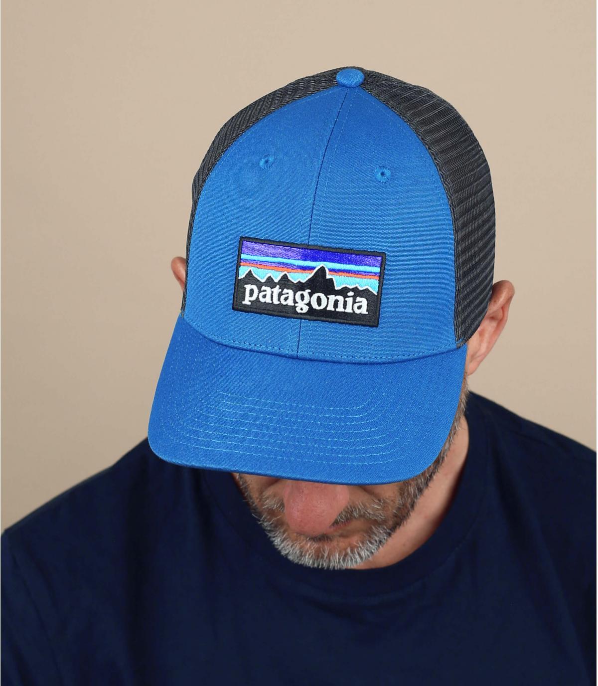 trucker Patagonia azul