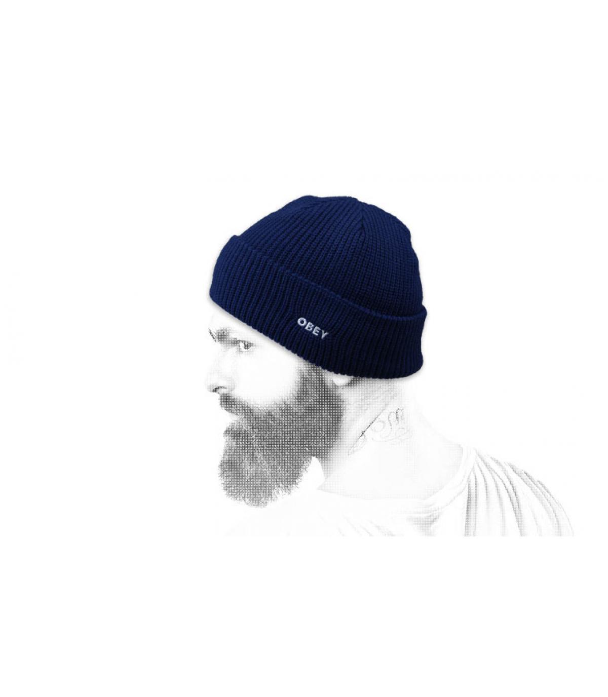 gorra solapa azul Obey