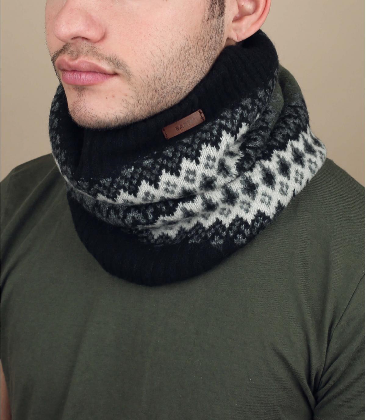 bufanda negra estampado