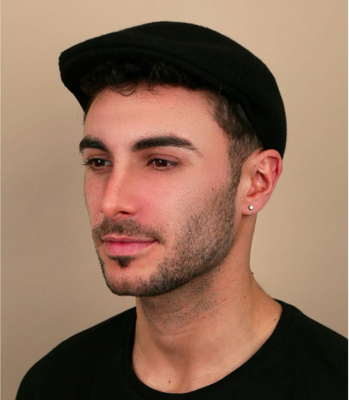 gorra negra lana