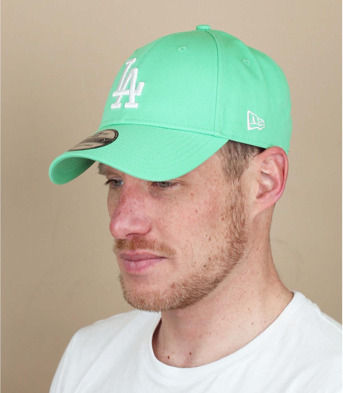 gorra LA azul verde