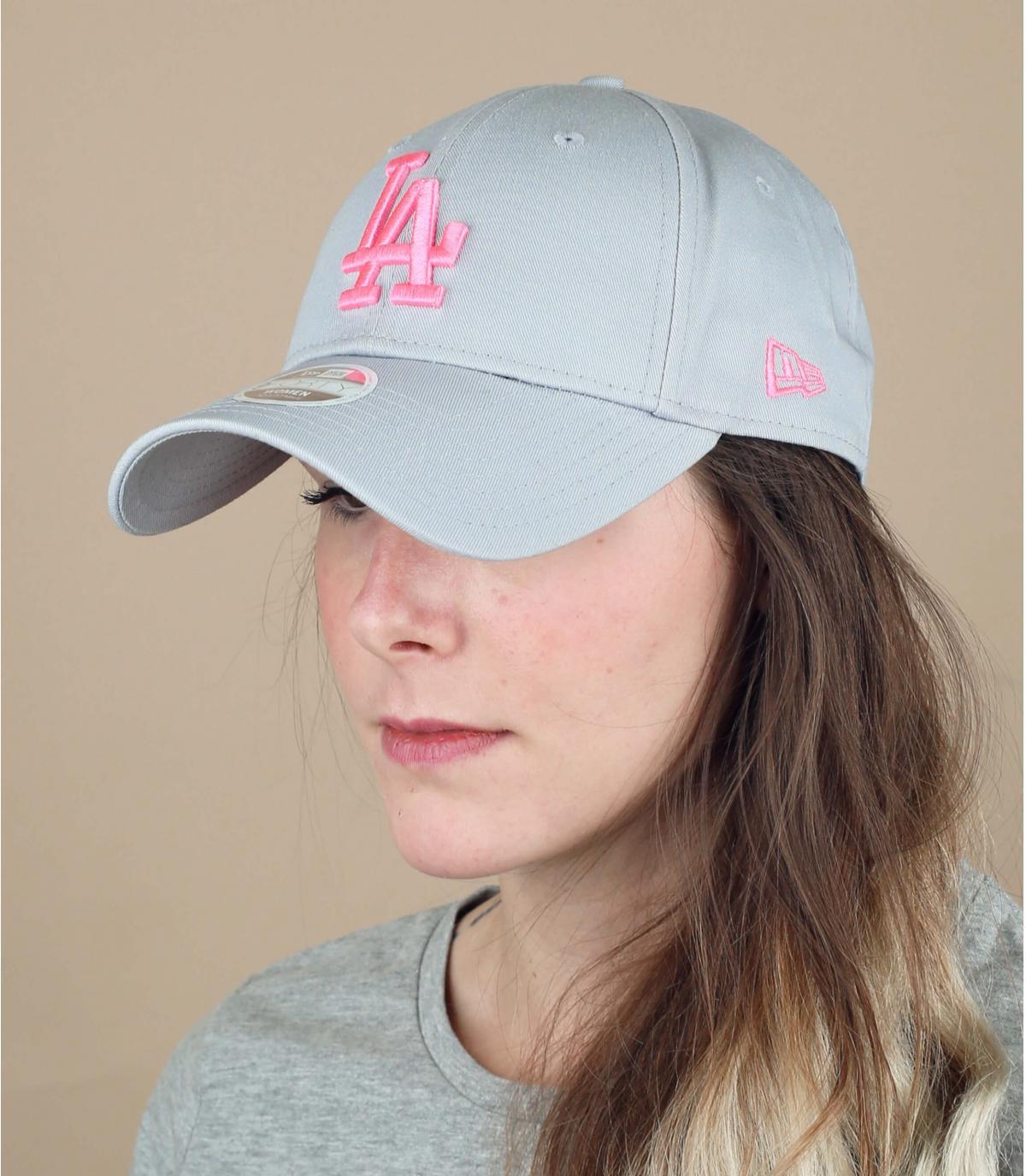 gorra mujer LA gris rosa
