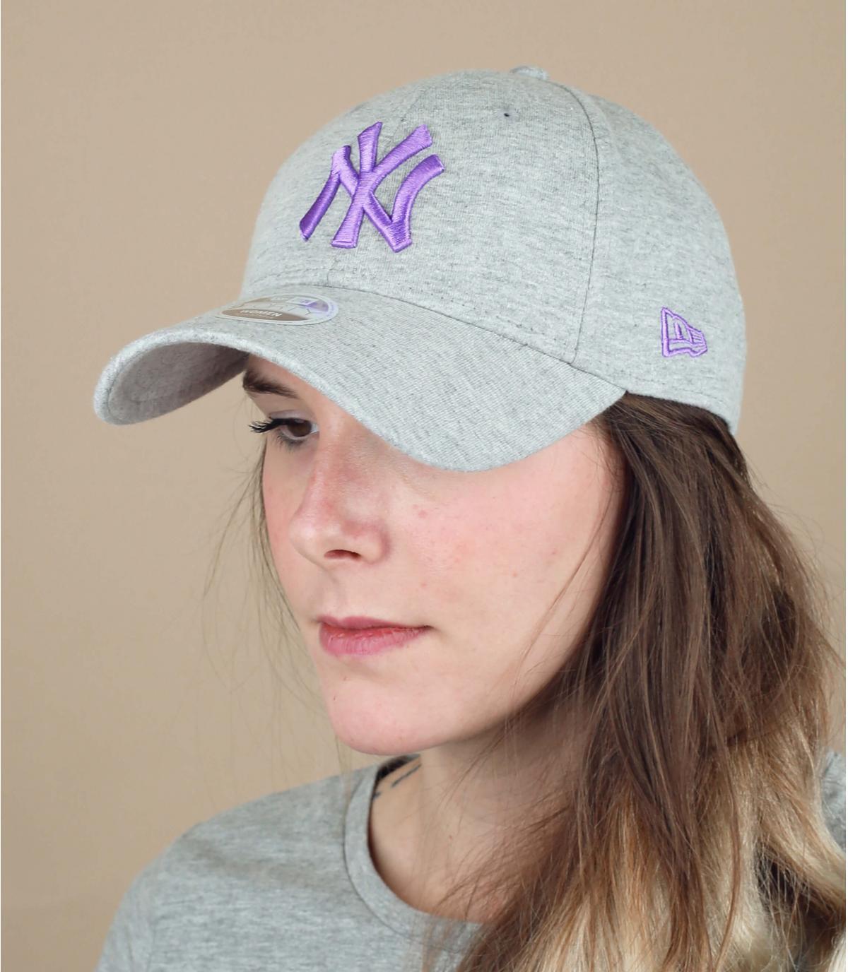 gorra NY mujer gris