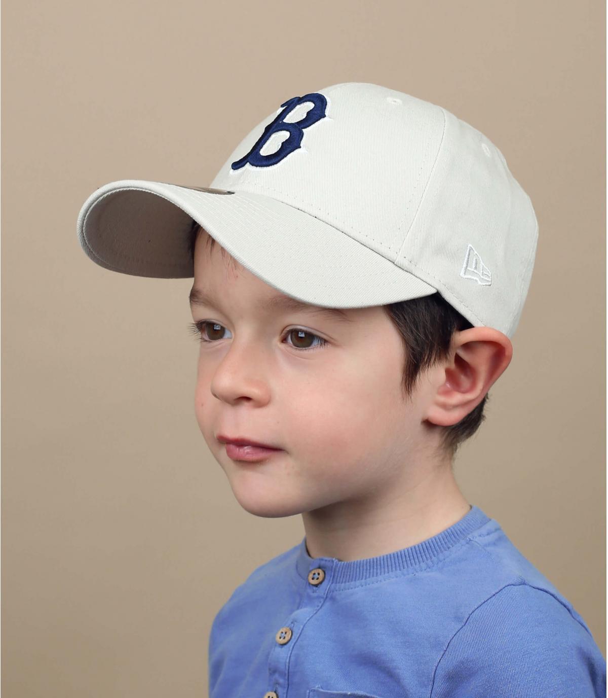 gorra niño B beis