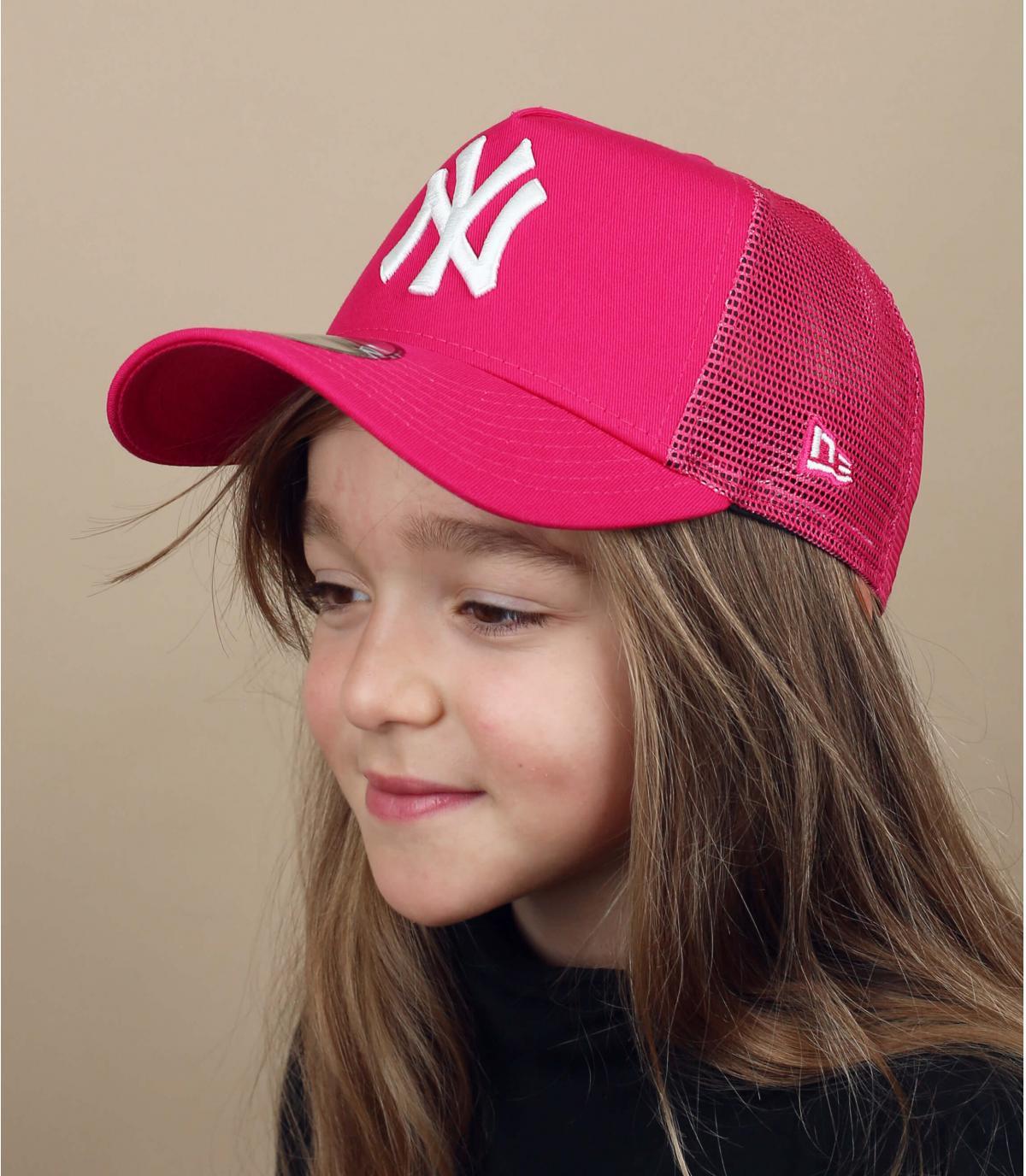 trucker niño NY rosa