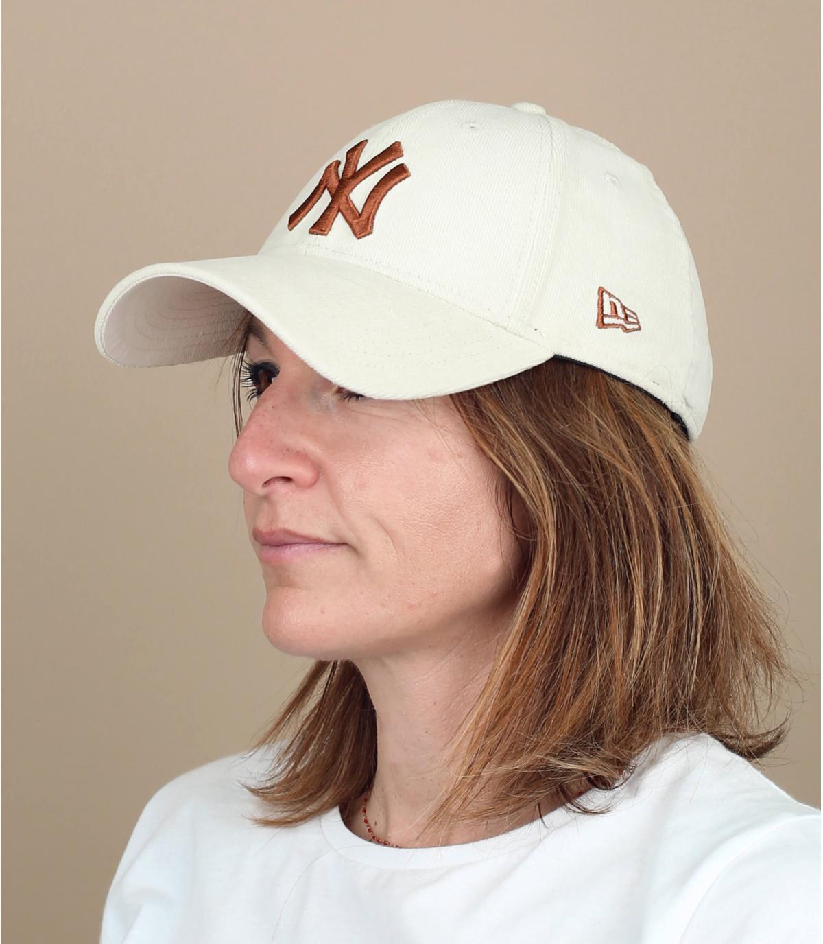gorra pana mujer beis