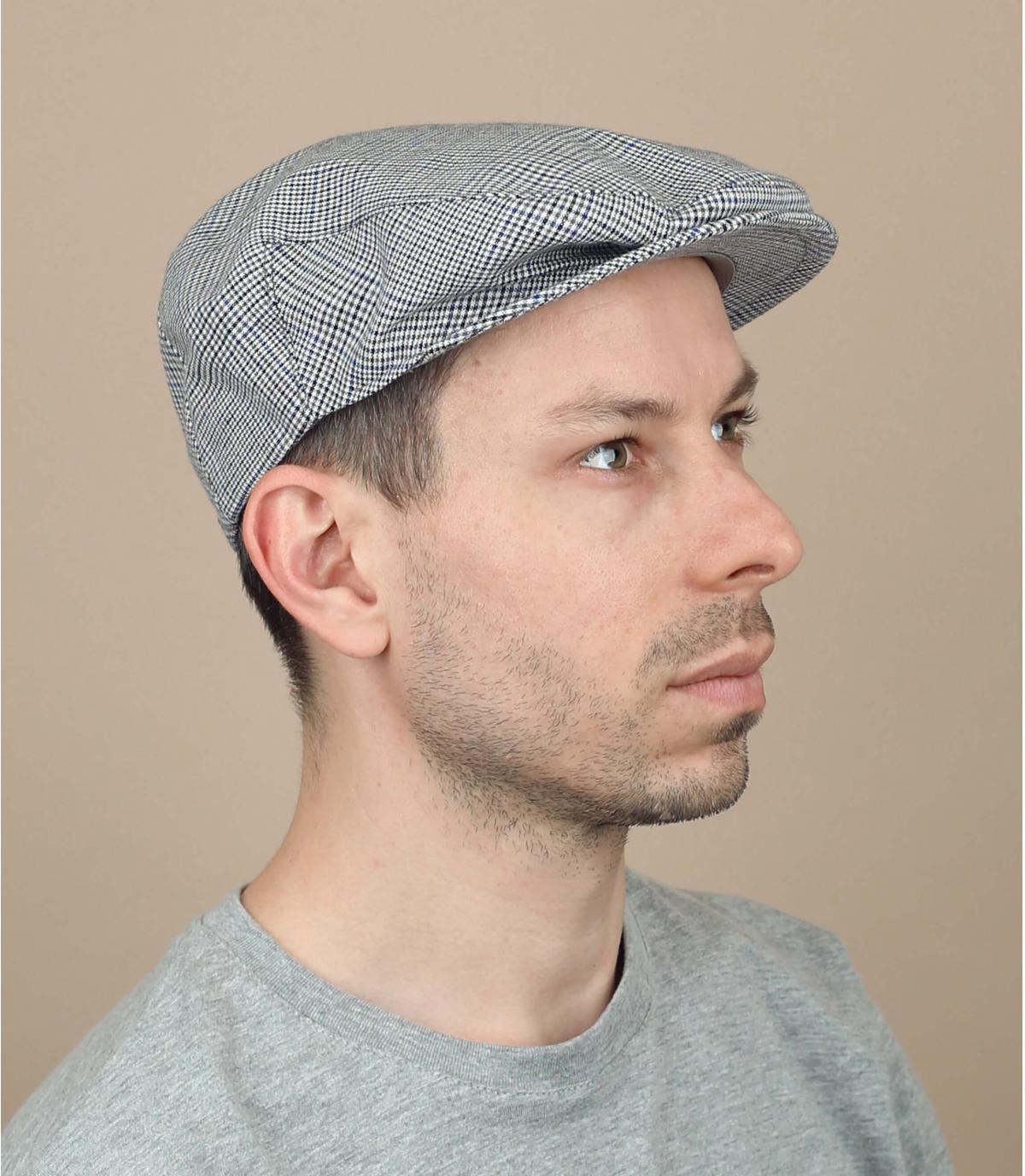 gorra cuadros gris
