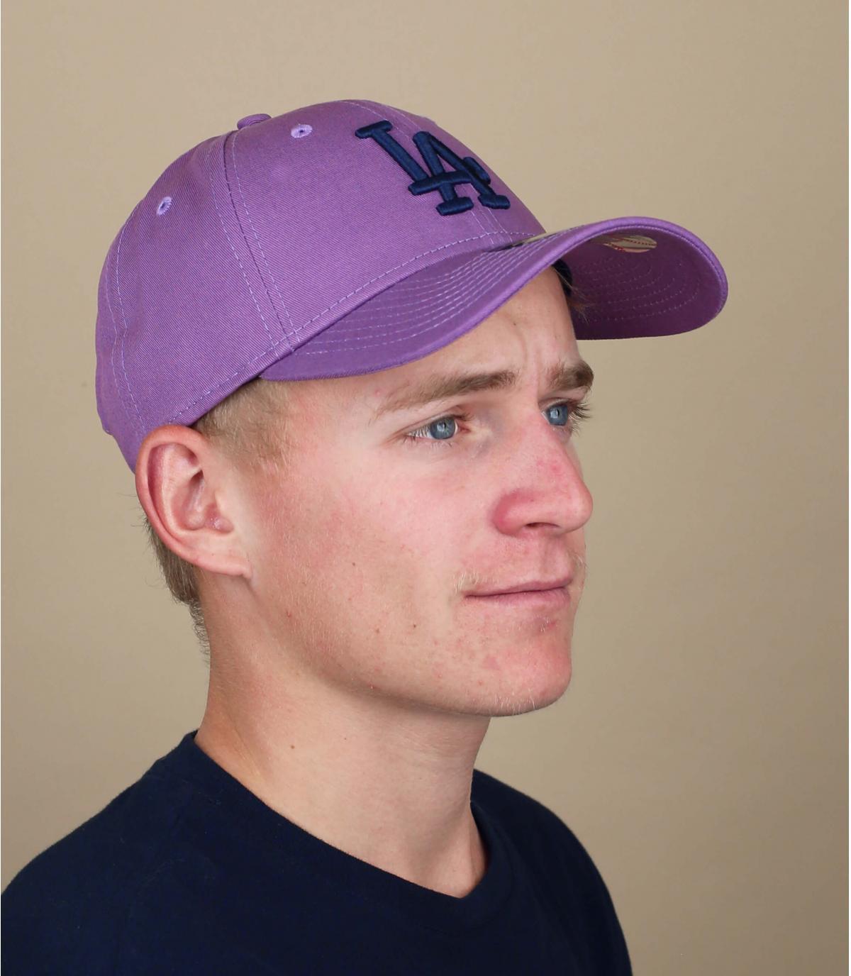 Gorra LA violeta