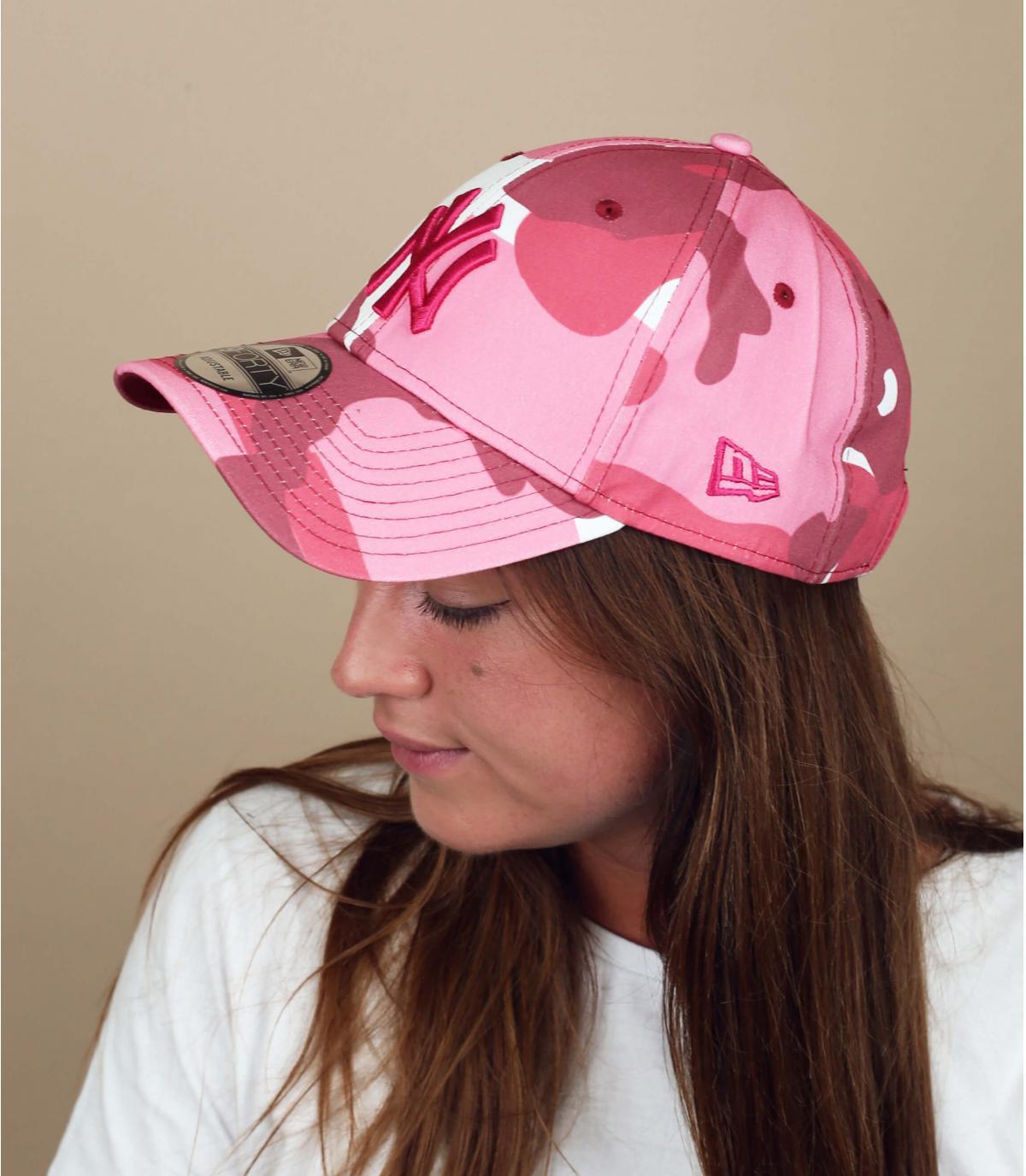 gorra NY camo rosa