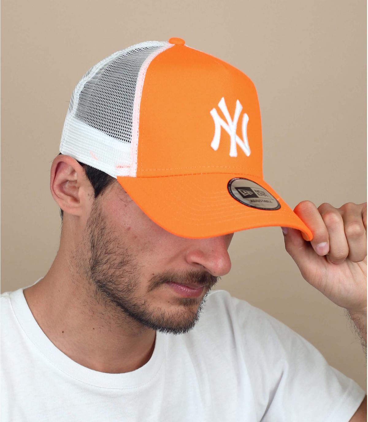 trucker NY naranja