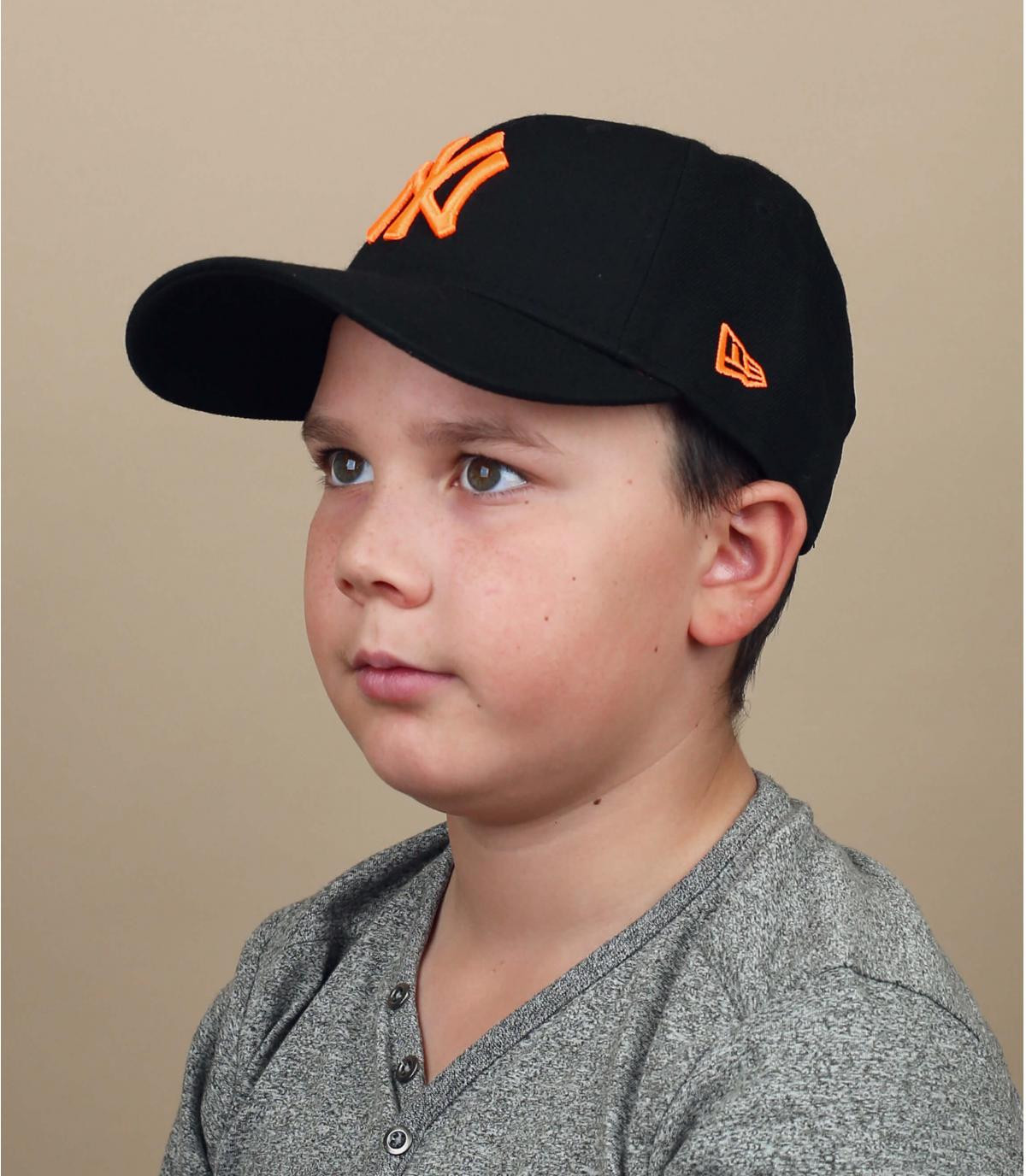 gorra niño NY negro naranja