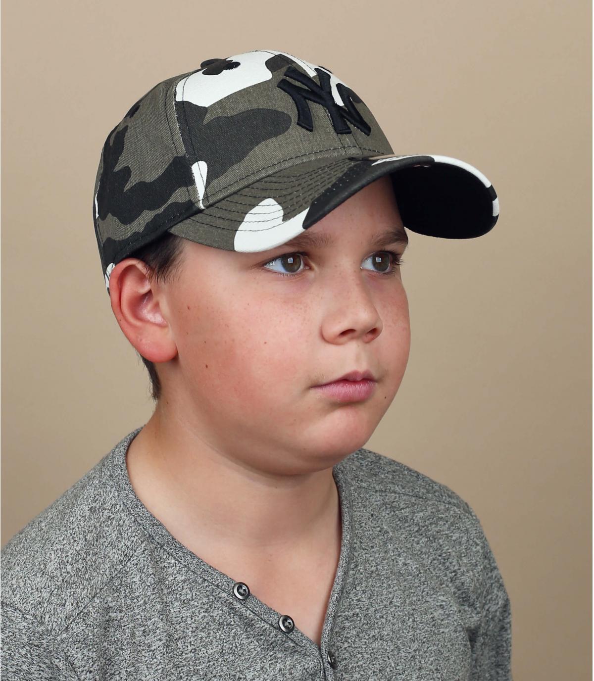 gorra niño camuflaje gris