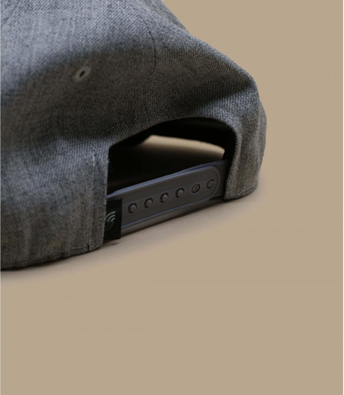 Detalles Snapback Recycled heather grey imagen 3