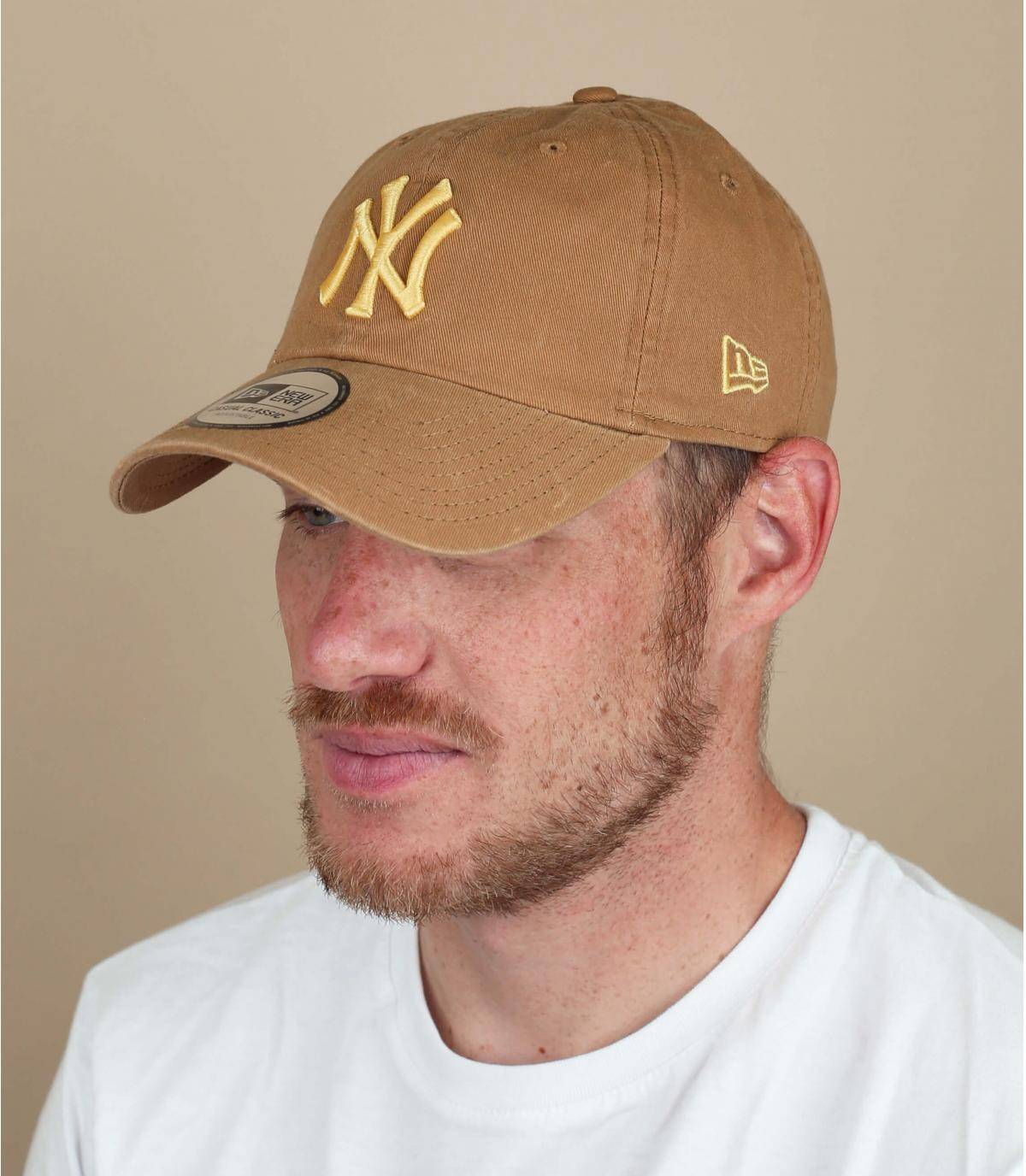gorra NY beige