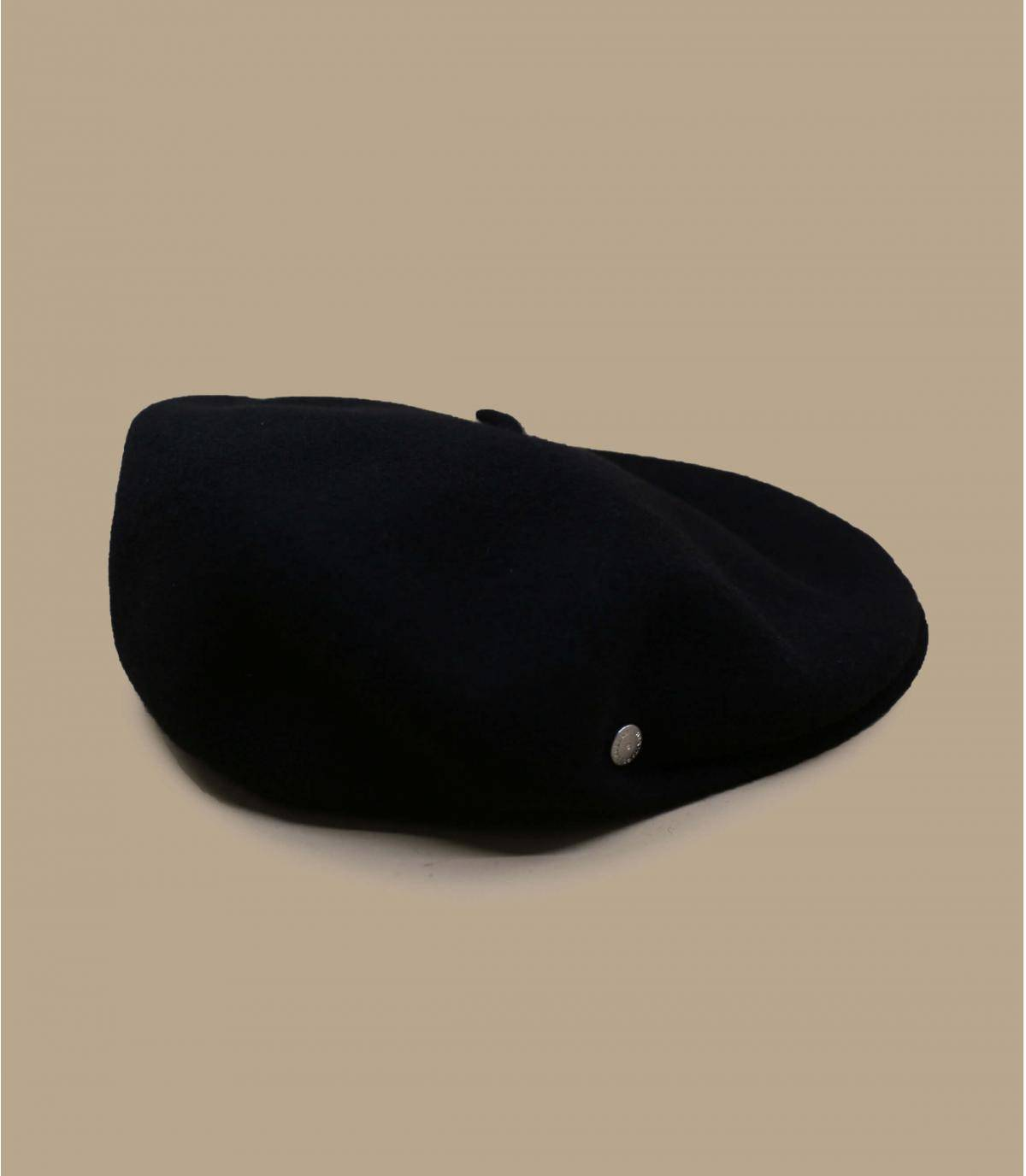Boina de lana negra