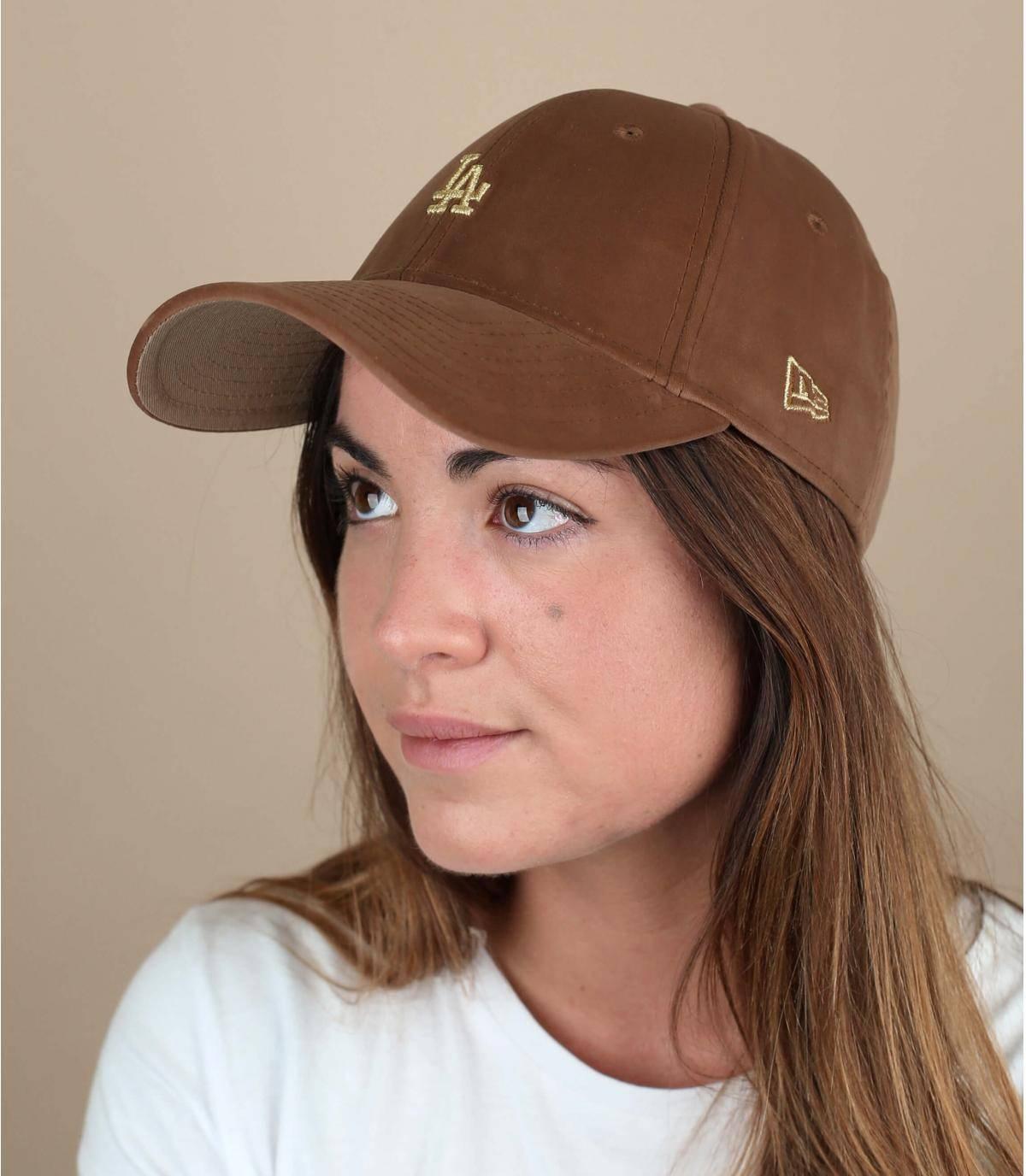 gorra terciopelo LA