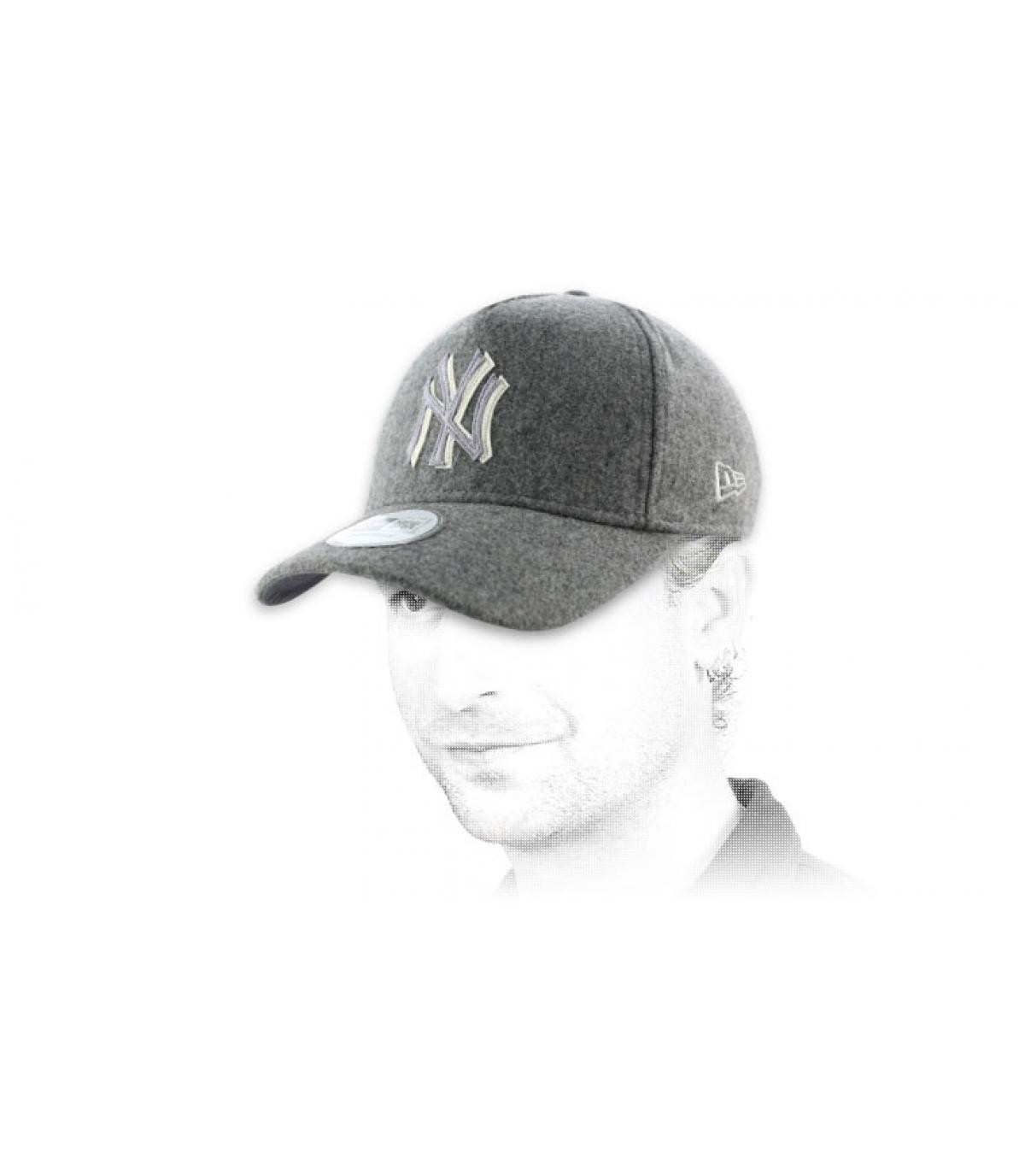 Wool felt adjustable NY gray cap