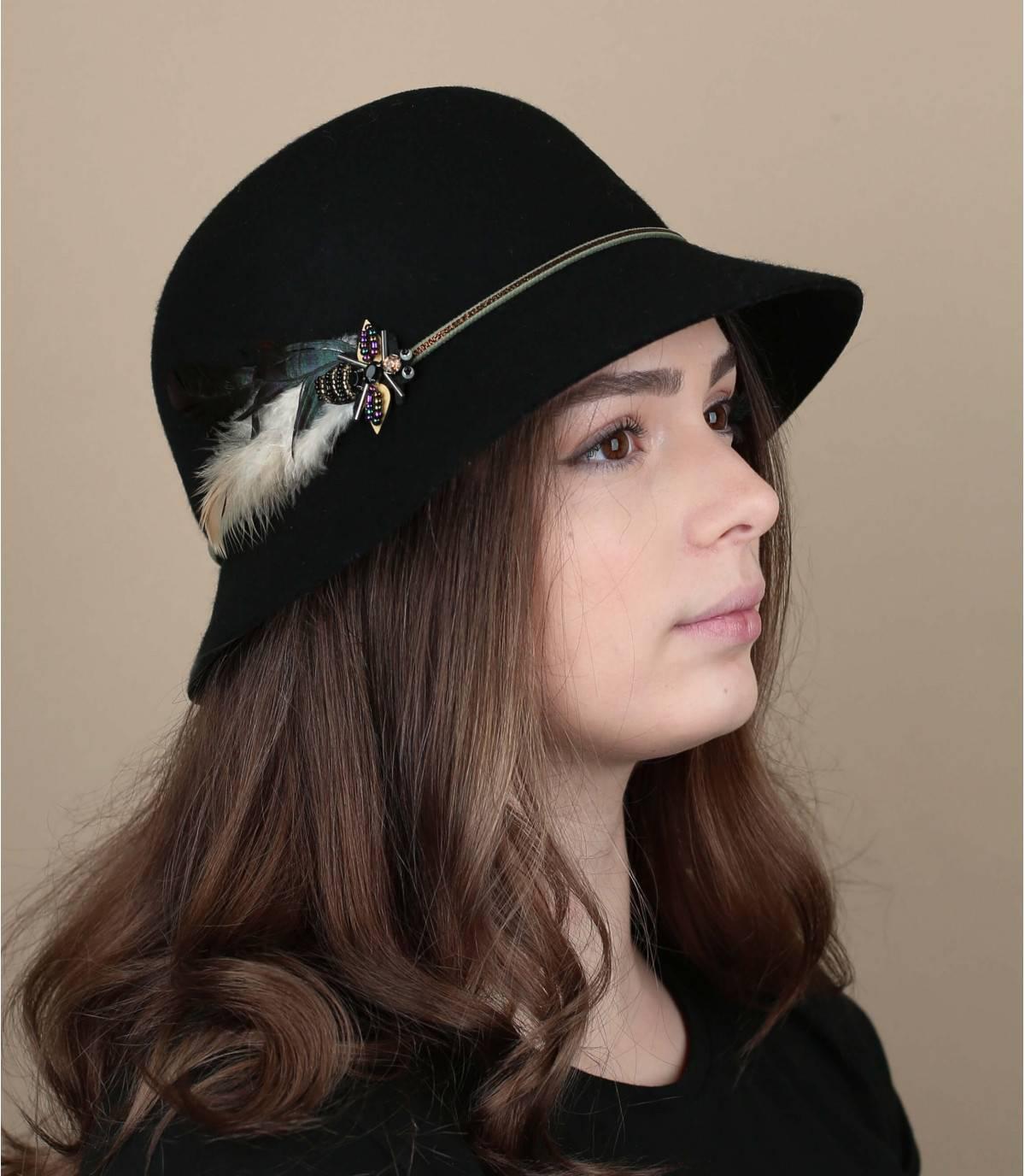 sombrero campana pluma