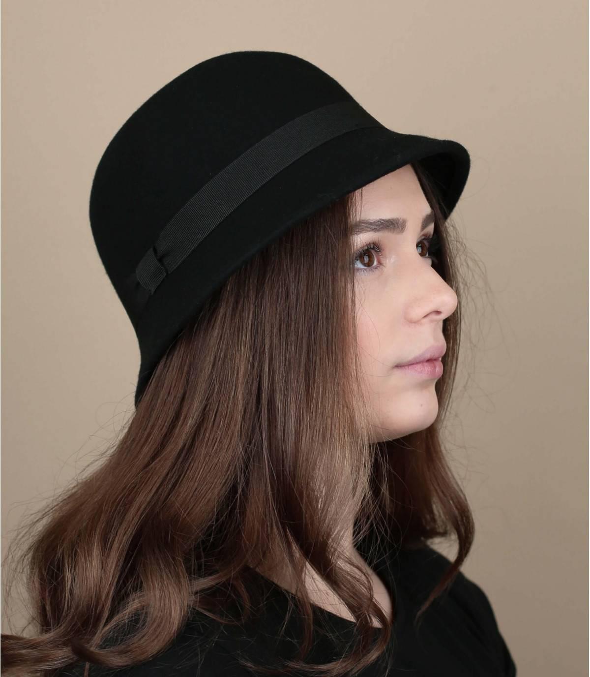 sombrero campana negro