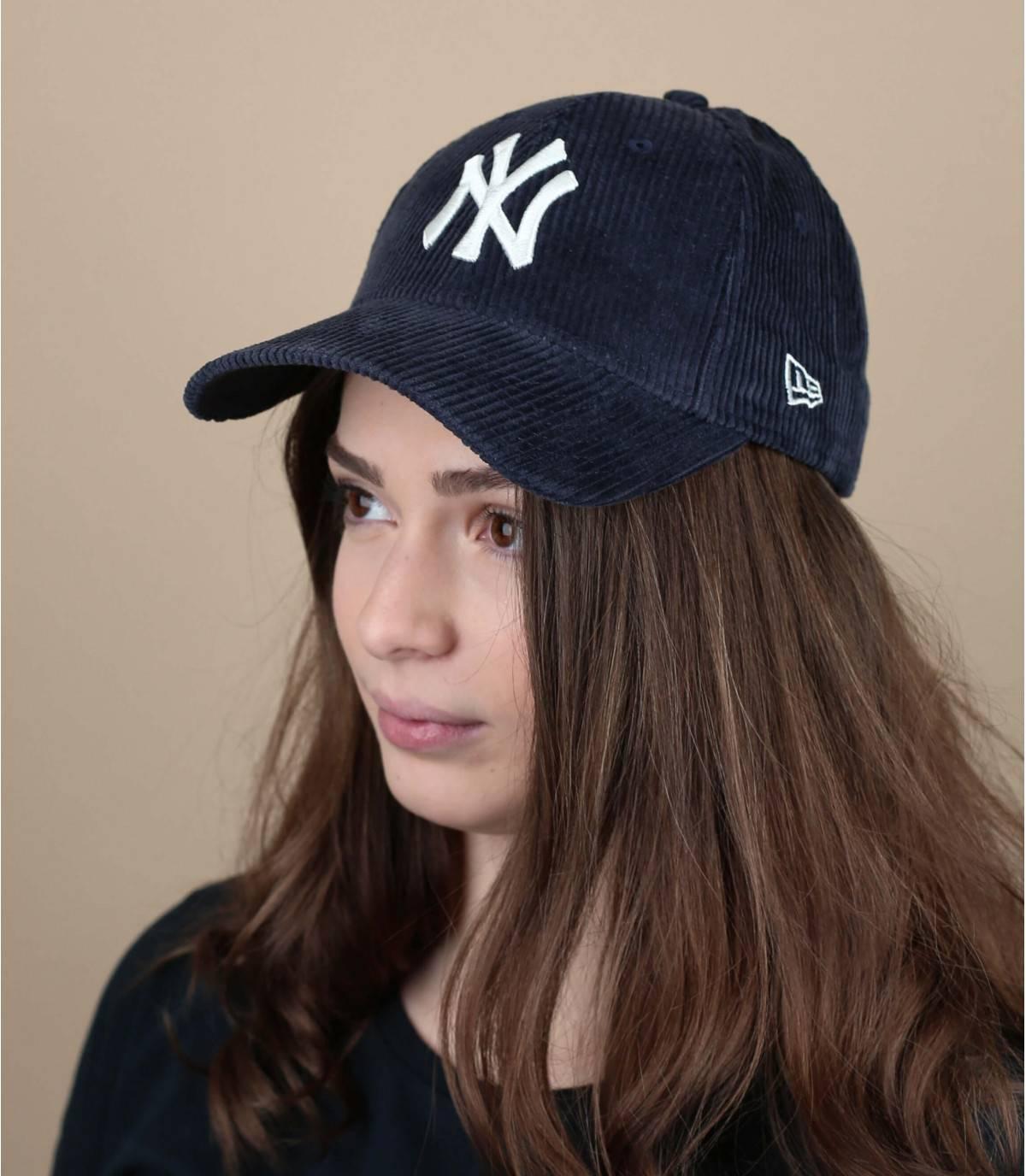 gorra terciopelo azul