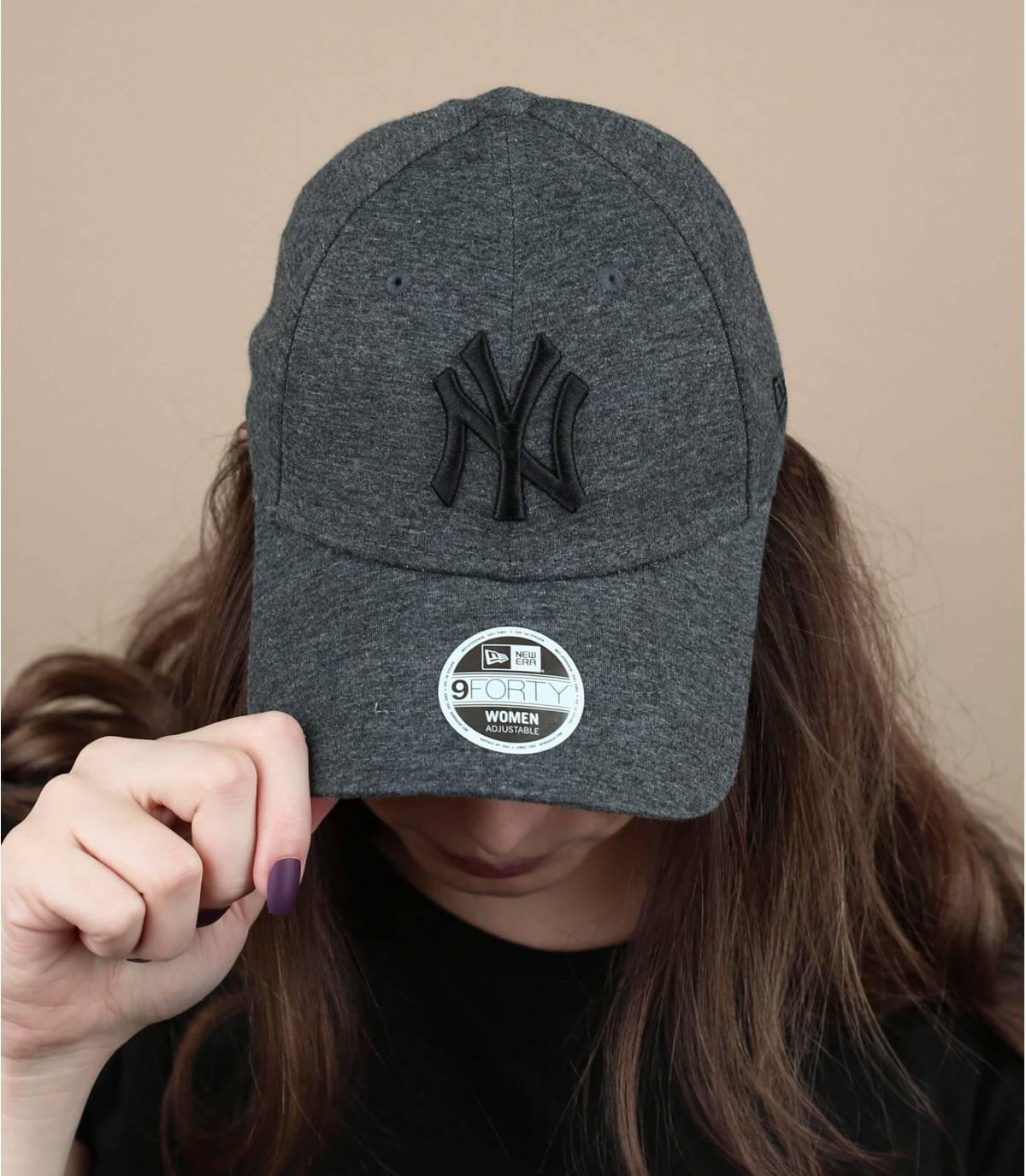 gorra mujer  gris