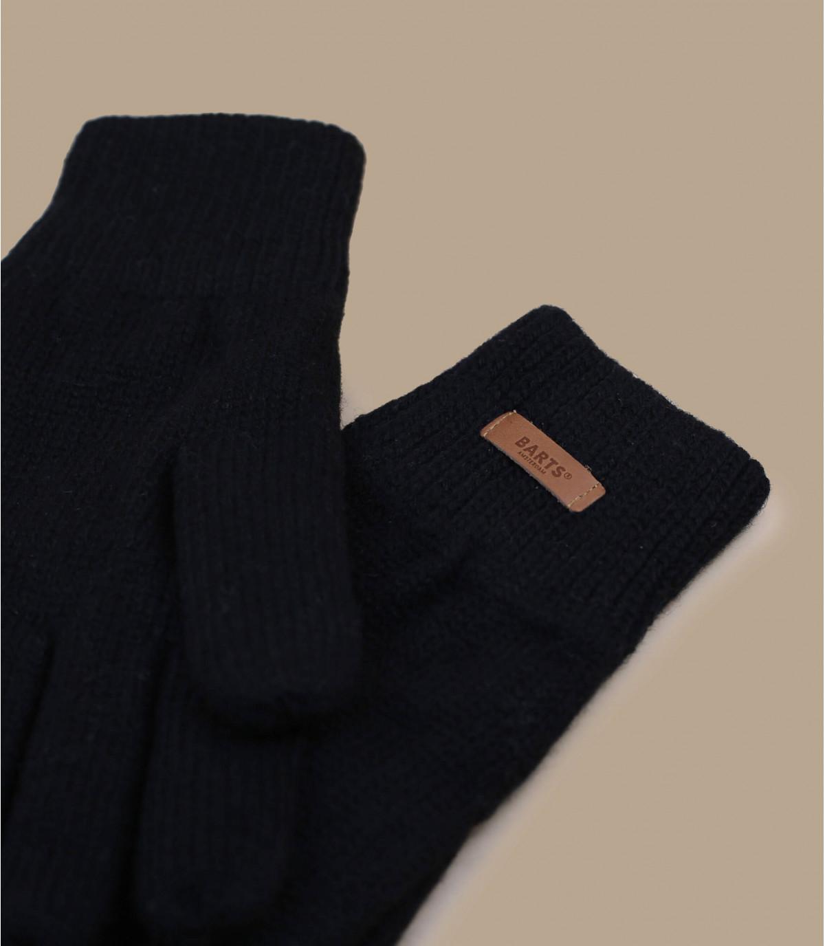Haakon Glove negro