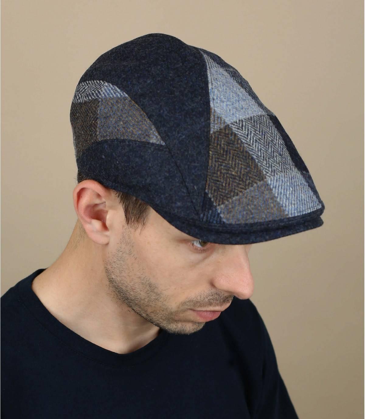 gorra lana cuadros azul