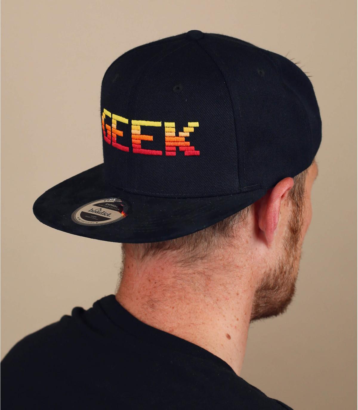 snapback Geek negro