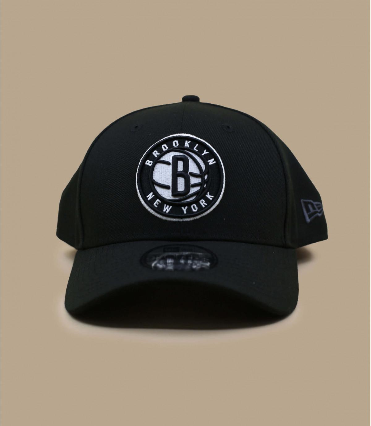Cap curva de negro Nets de la NBA