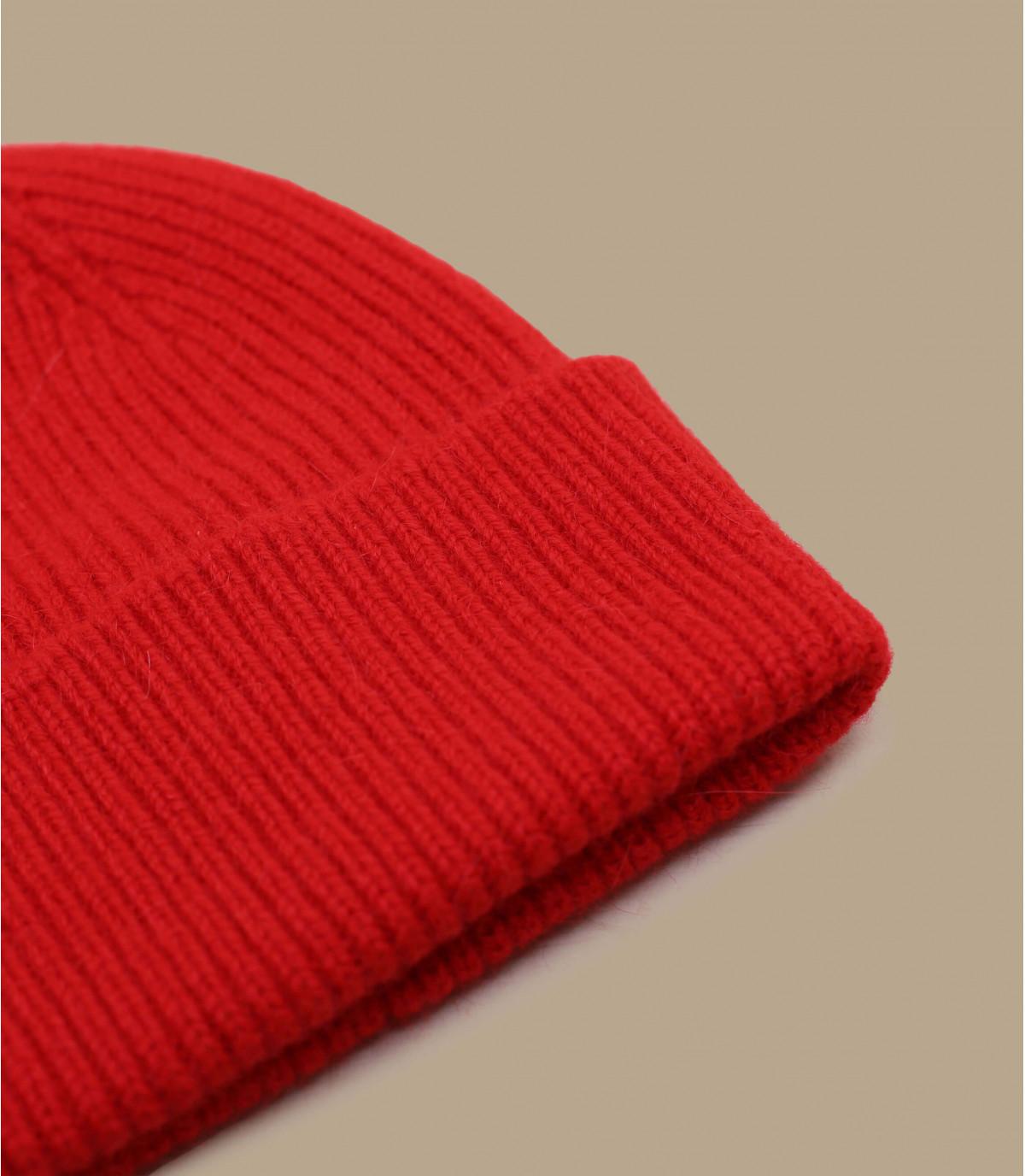 solapa gorro de lana de angora rojo