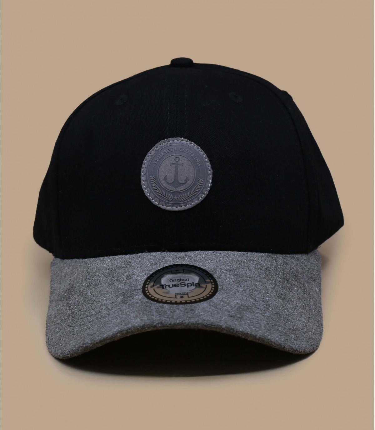 gorra negra visera cuero