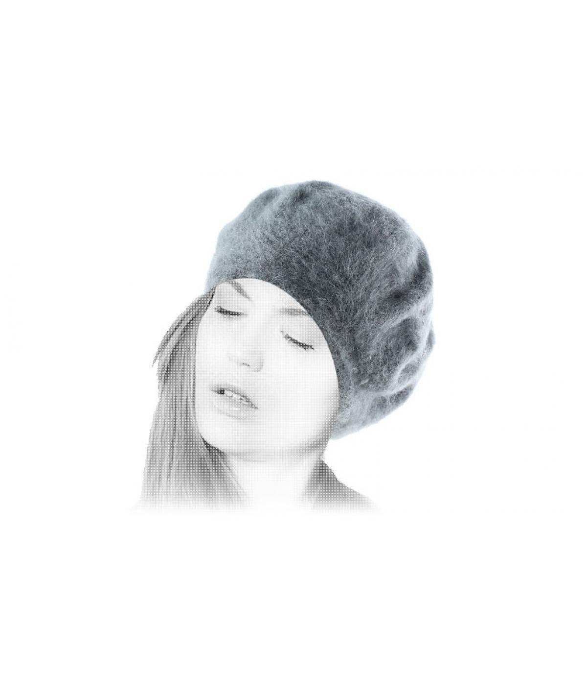Bonnet angora mujer