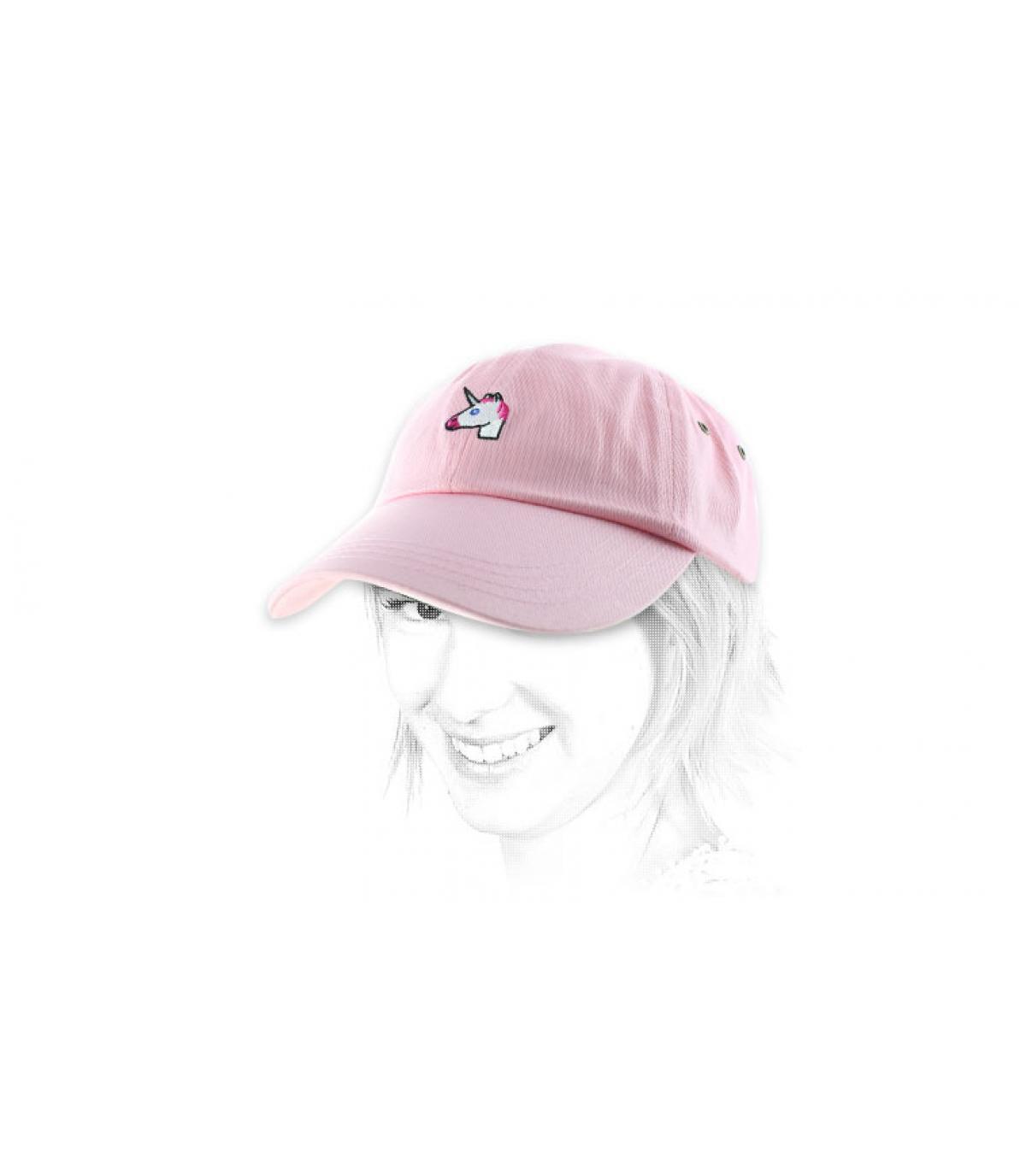 casquillo unicornio rosa