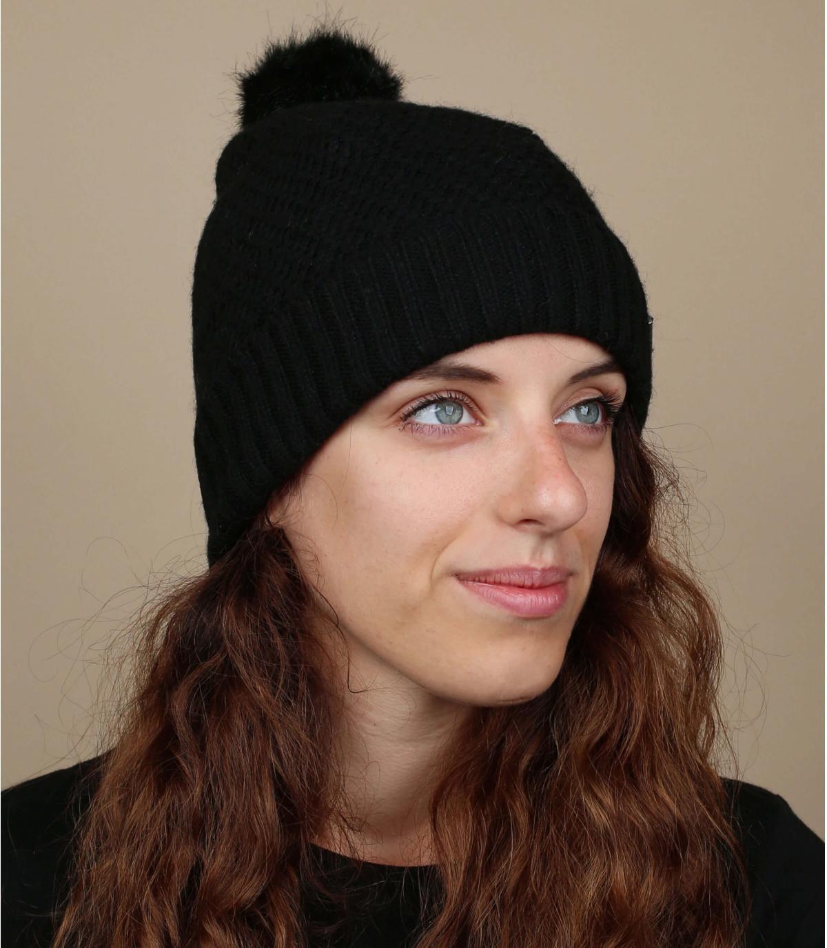 borla negro capó