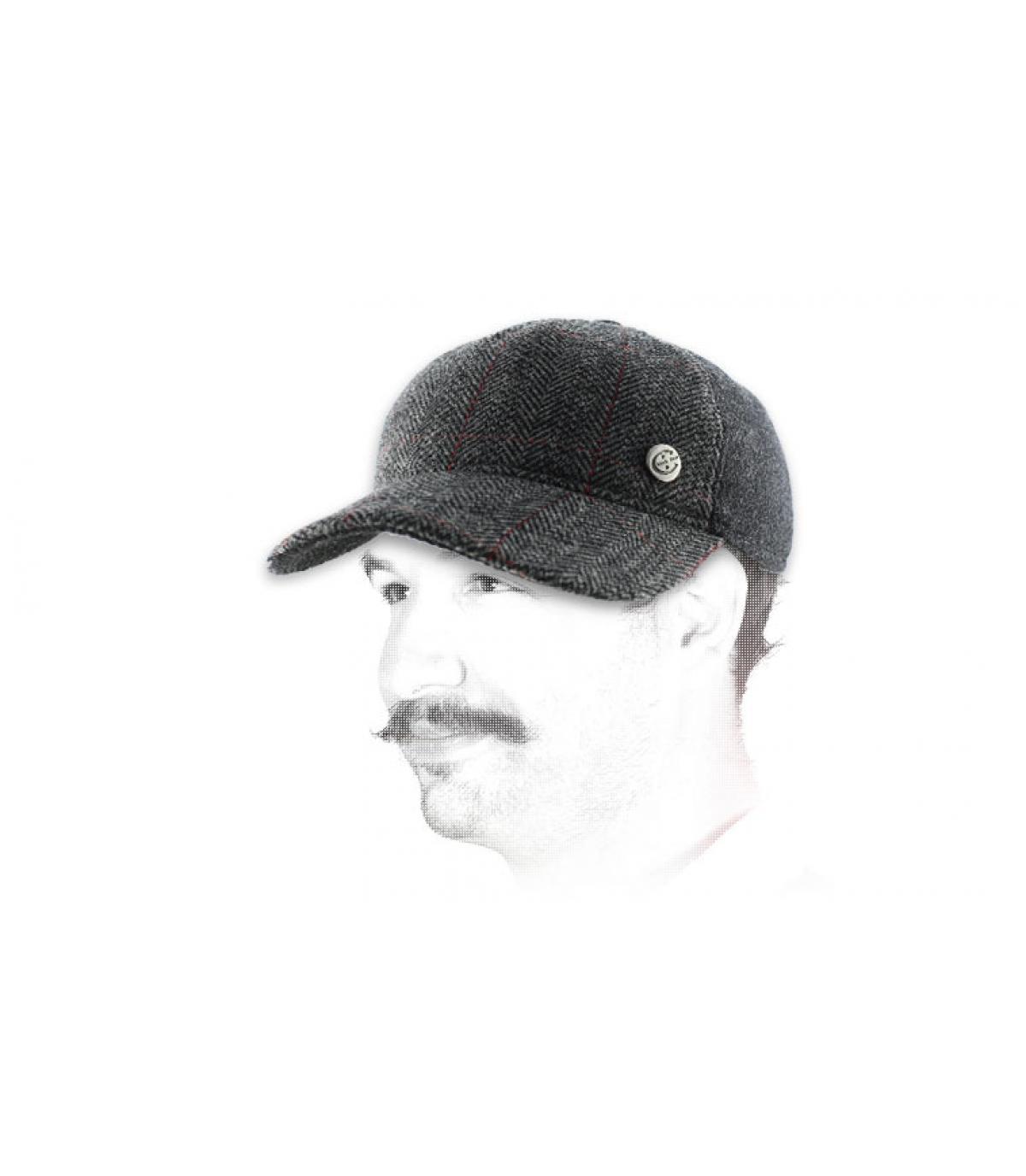 gorra de béisbol con orejera