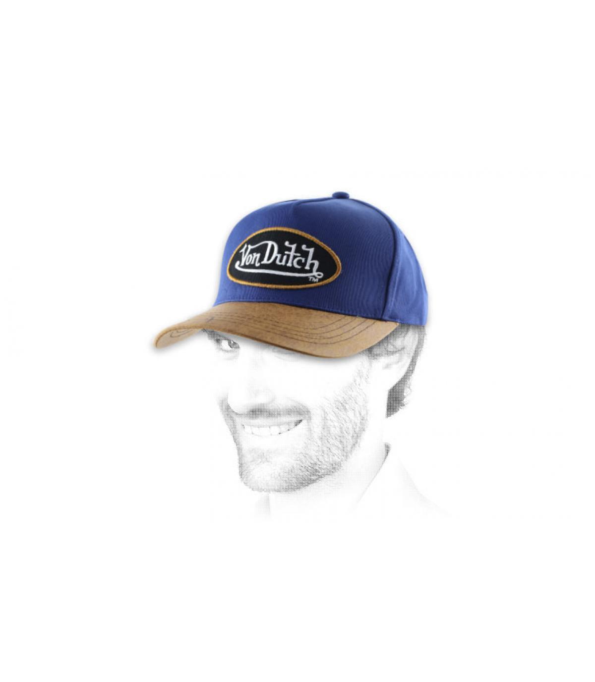 Von Dutch gorra con visera de cuero azul.