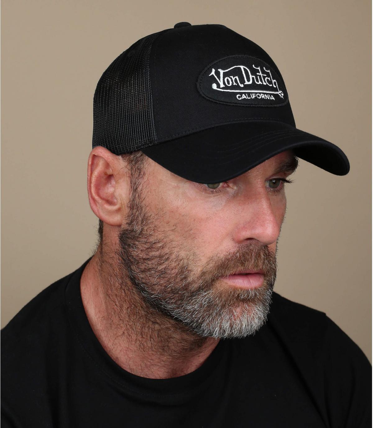 Von Dutch negro gorra.