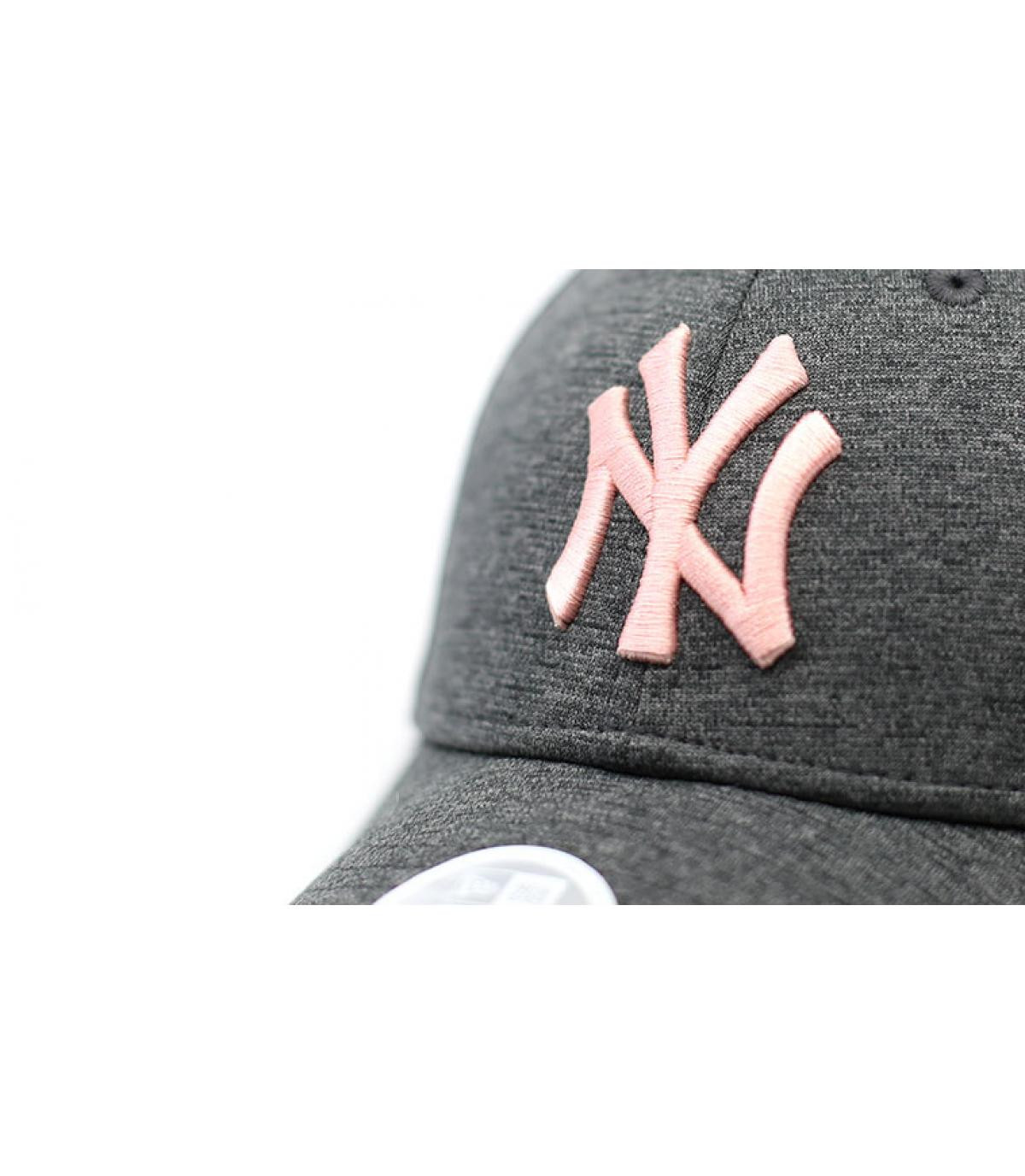 Detalles Cap NY Woman Tech Jersey gray pink imagen 3