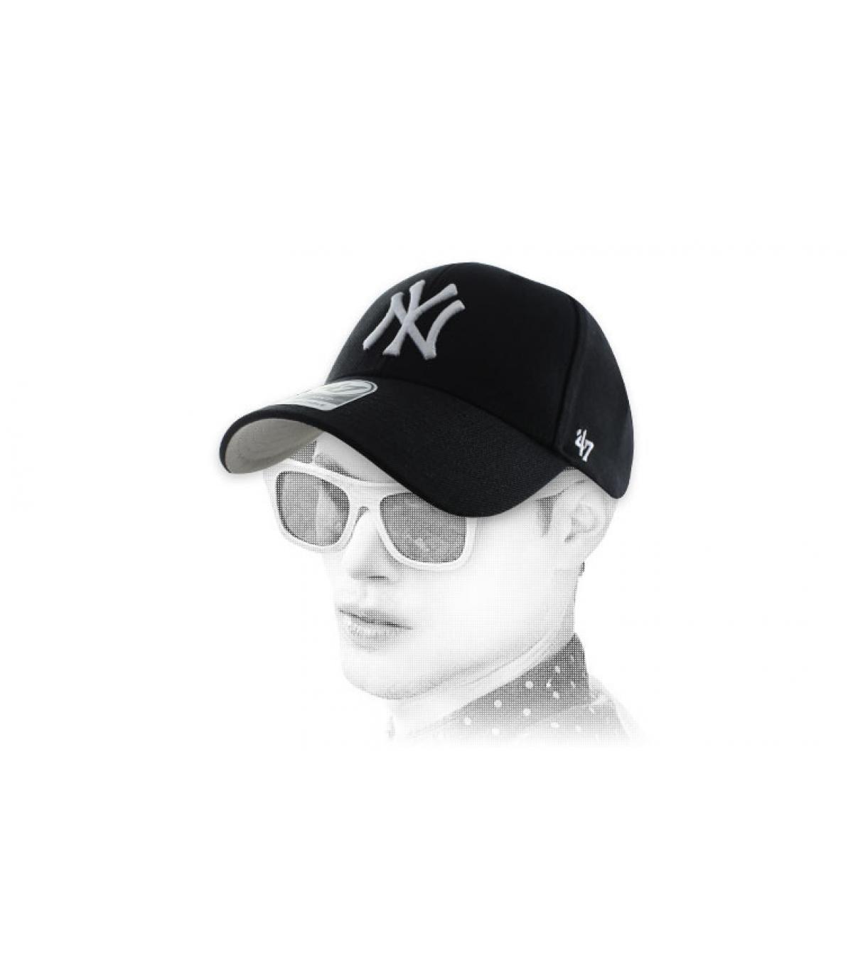 NY curva gorra negro 47 '