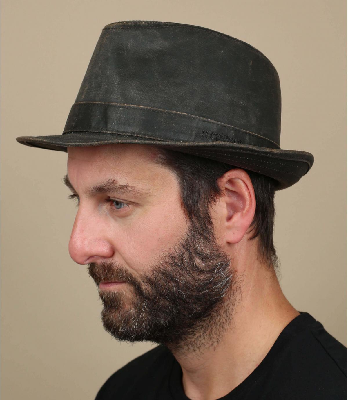 Sombrero trilby vieilli