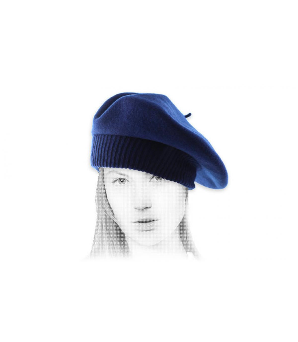 boina azul acanalada